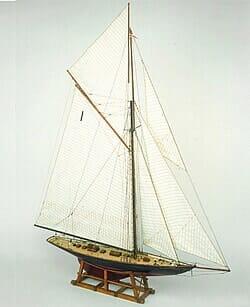 Britannia Model Ship Kit by Mamoli Models