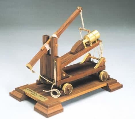 Mortar Wooden Model Kit by Mantua